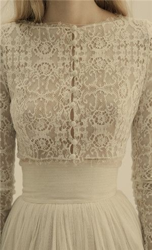 Lace old fashioned wedding dress