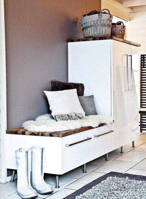 love this for a laundry/back entry room.