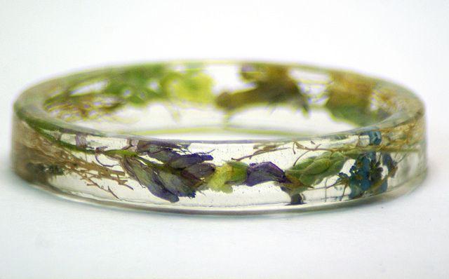 Real Dried Flower Bracelet Bangle Resin Jewelry by Mizzzzzz S, via FlickrFlower Bracelets, Resins Night, Resins Jewelry, Diy Jewelry, Real Dry, Bangles Resins, Photos Shared, Dry Flower, Bracelets Bangles