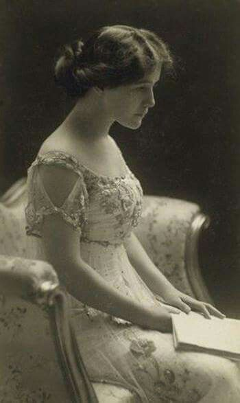 Lillian Albertson 1907