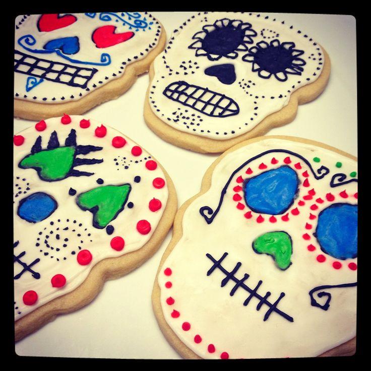 Dia de Los Muertos Sugar Cookies #mazolaoil from @Nicole Marie