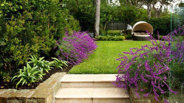 jardim-joanne-green-com-planta-de-chia-e-degraus