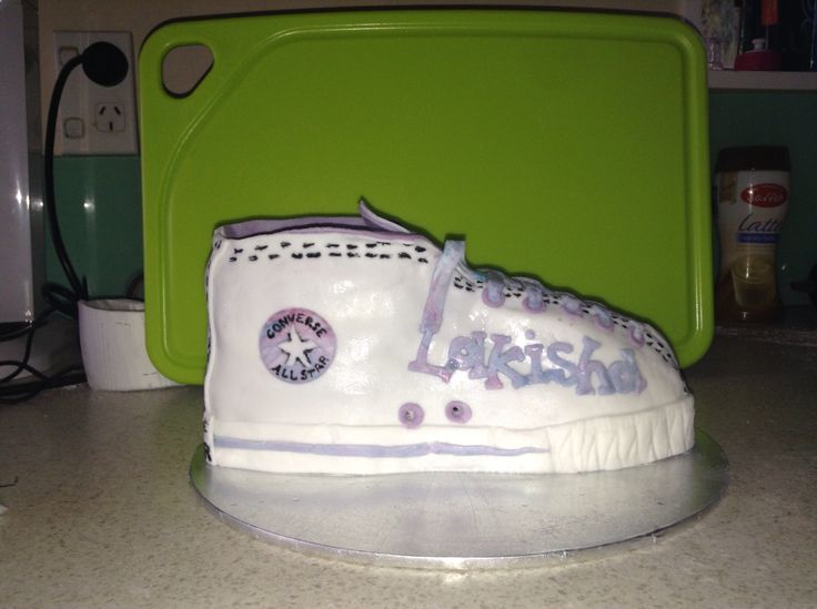 My cousins converse cake I made