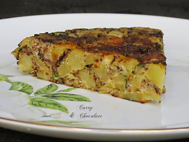 Tortilla de patatas y morcilla de burgos de Curry y Chocolate