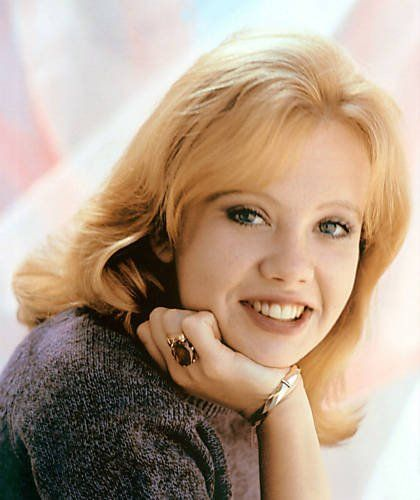 Hayley Catherine Rose Vivien Mills is a British actress. The daughter of Sir John Mills and Mary Hayley Bell, and younger sister of actress Juliet Mills, Mills began her acting career as a child. She is one of my most favorite actresses <3