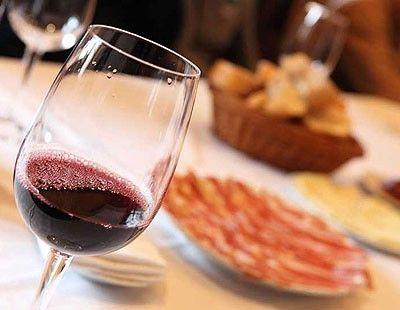 Buen vino y jamón de pata negra #saboreaespaña