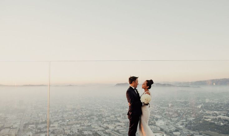 Take Your Wedding to New Heights at the West Coast's Tallest Event Venue – OUE Skyspace LA