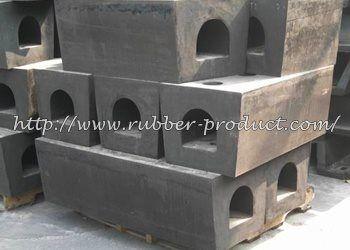 Karet fender dermaga tipe kotak | square rubber fender