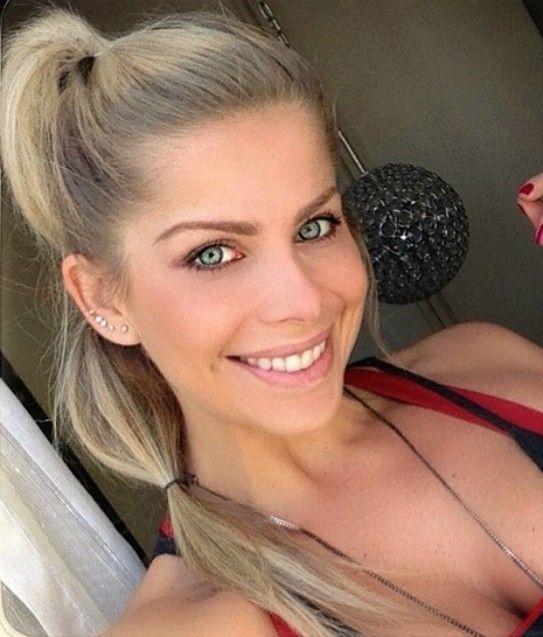 Penteados para malhar: Karina Bacchi ensina a fazer bonito na academia - Bolsa de Mulher