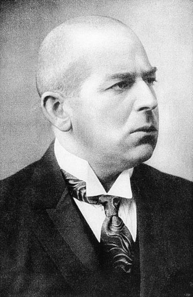 Oswald Spengler (1880 – 1936)