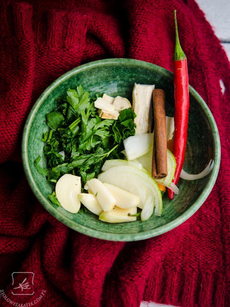 Naturalny sposób na przeziębienie - syrop ziołowy! - Ziołowy Zakątek