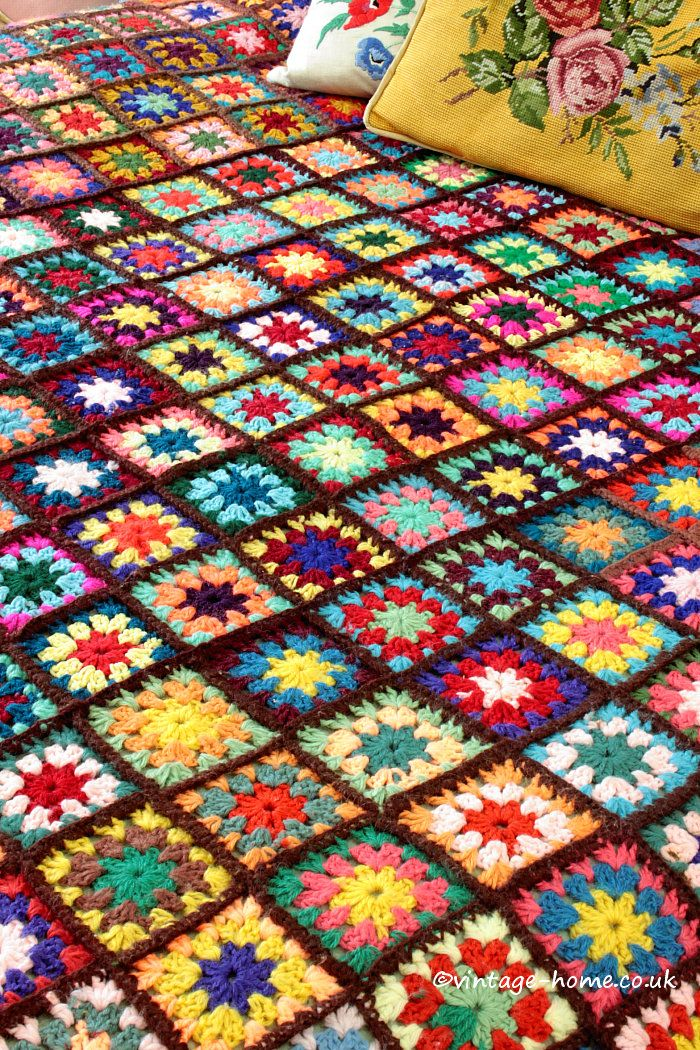 Vintage Home Shop - Multi-Coloured Vintage Patchwork Crochet Throw…