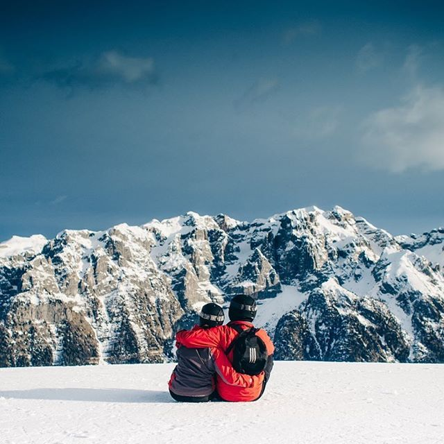 Be together anywhere. Be together with OKTIUM anywhere.  #Love #Couple #Mountain #Snow #ValentineDay #Valentine