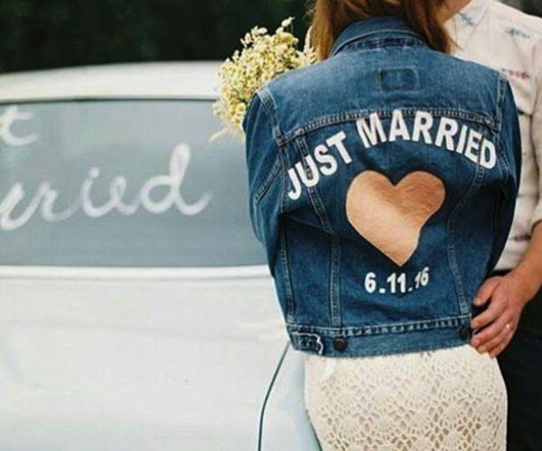 Denim 'just married' jacket. Image: Instagram/jnbyjnllovet. How bridal jackets got cool #bridal #jacket