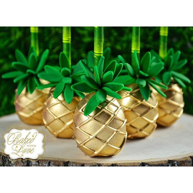 Aloha! Golden pineapple cake pops