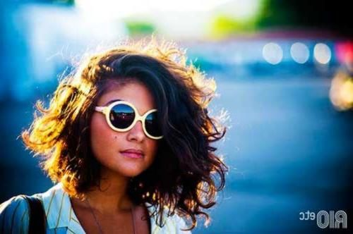 Really pretty short curly hairstyles Curly hairstyle is the most flattering hair type for women, on the other hand it is not easy to …