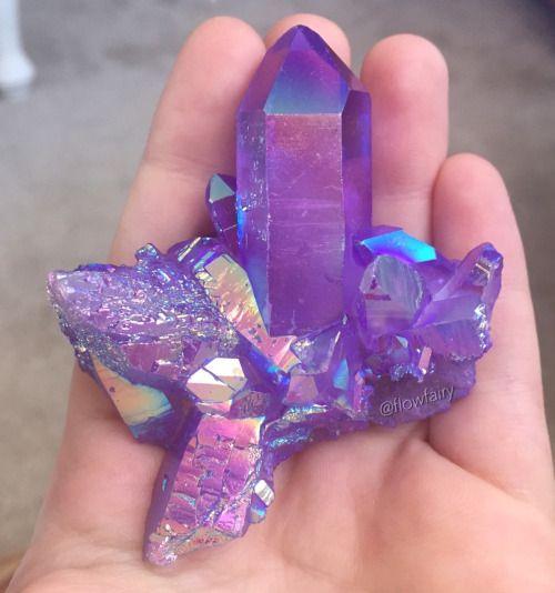 Die besten 25 Kristall cluster Ideen auf Pinterest  KristallTattoo Schmucksteine und Kristall