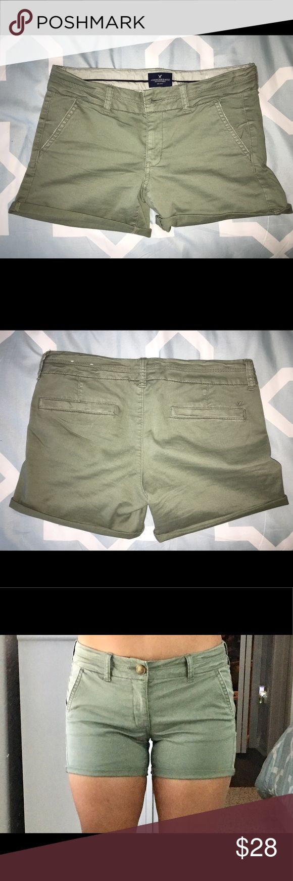 American Eagle Midi Shorts NWOT. Olive green midi shorts. You can unroll them to make them longer! They also stretch. Only worn once. American Eagle Outfitters Shorts