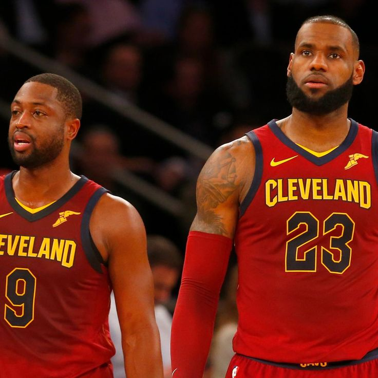 LeBron James 'Bothered' Dwyane Wade Signing Was Unpopular with Cavs Players - Bleacher Report