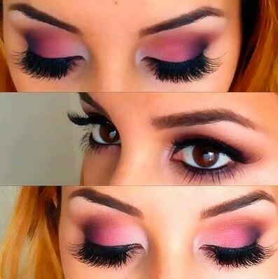 Maquillaje de ojos con rosas.