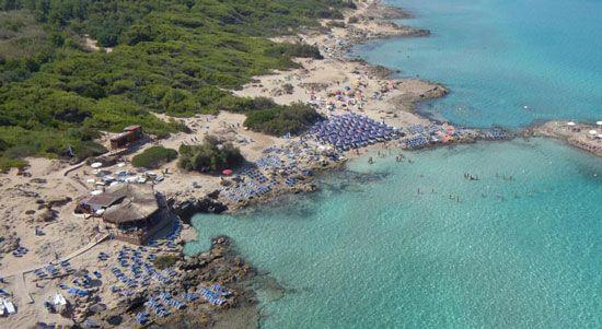 Porta della suina, Les plus belles plages des Pouilles de la mer Ionienne