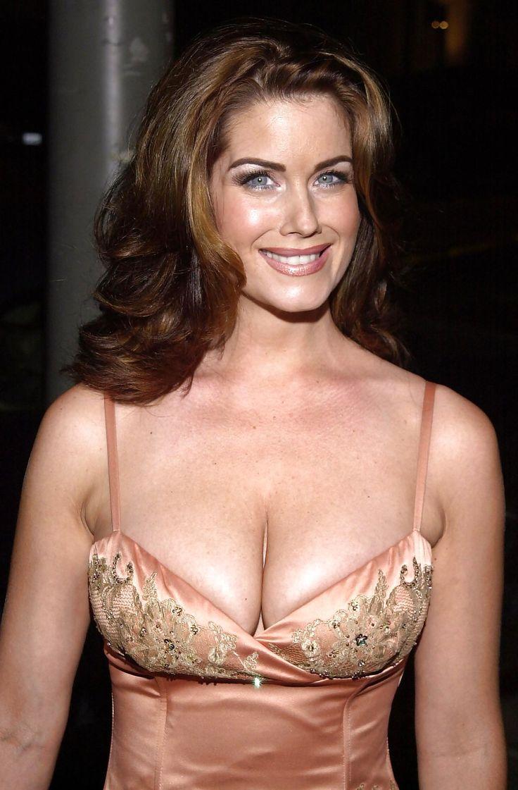 Amy Stevens Nude Pics