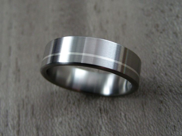 Titanium Wedding Band with Offset Argentium Silver Pinstripe. Handmade in the United States by Hersteller Rings.