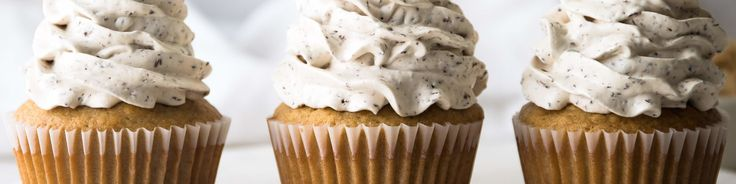 Brown Sugar Cupcakes With Chocolate Chip Cookie Dough Buttercream C H Sugar Recipe In 2020 Chocolate Chip Cookies Chocolate Chip Cookie Dough Cupcake Cakes