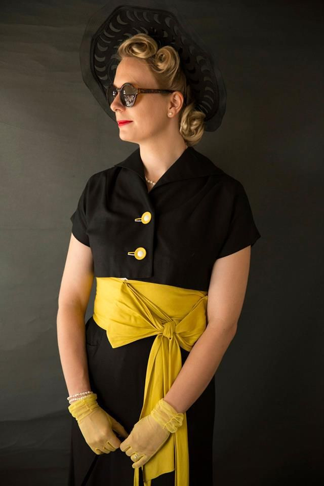 Goodwood Revival vintage outfit costume womens best dressed