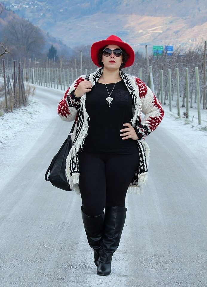 Ana Nogueira - Zara Cardigan, C&A Blouse, H&M Leggings, Primark Bag, Kiabi Boots, Mademoiselle Chic Red Hat, Ale Hop Necklace - Red Hat | LOOKBOOK