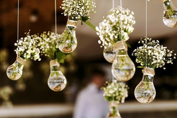 Some of these are obvious to look out for, but still helpful in planning a small-town, outdoors wedding!!