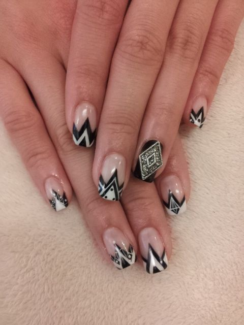 Great Gatsby Inspired Art Deco Nail Art