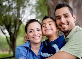 La familia es muy necesaria ya que son quienes mas influyen en el desarrollo personal y social de cada adolescente.