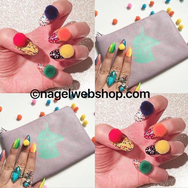 Volgens Libelle de nieuwe nageltrend uit Amerika: kleurrijke PomPom Nagels #nageltrends #nails #nailart
