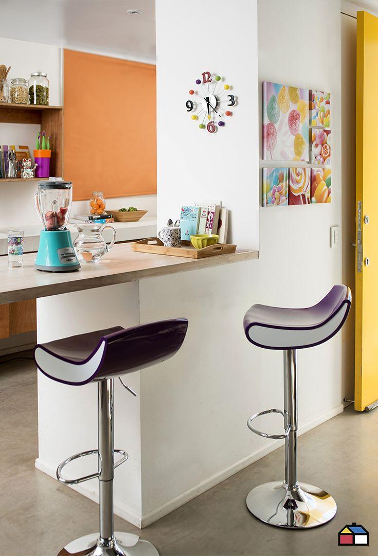 El #color no tiene reglas, ¿por qué elegir solo uno si puedes escoger una paleta más amplia? Funciona perfecta la mezcla de colores vivos como #calipso y #amarillo junto a neutros.