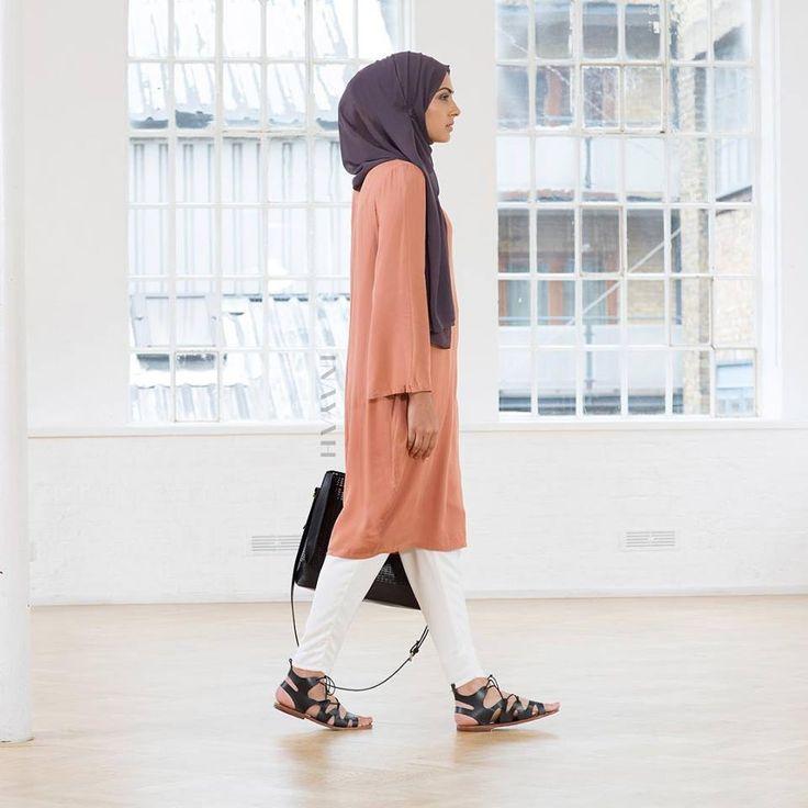 INAYAH | Rose Rayon Kimono #Midi + Charcoal Georgette Hijab + White Trousers…