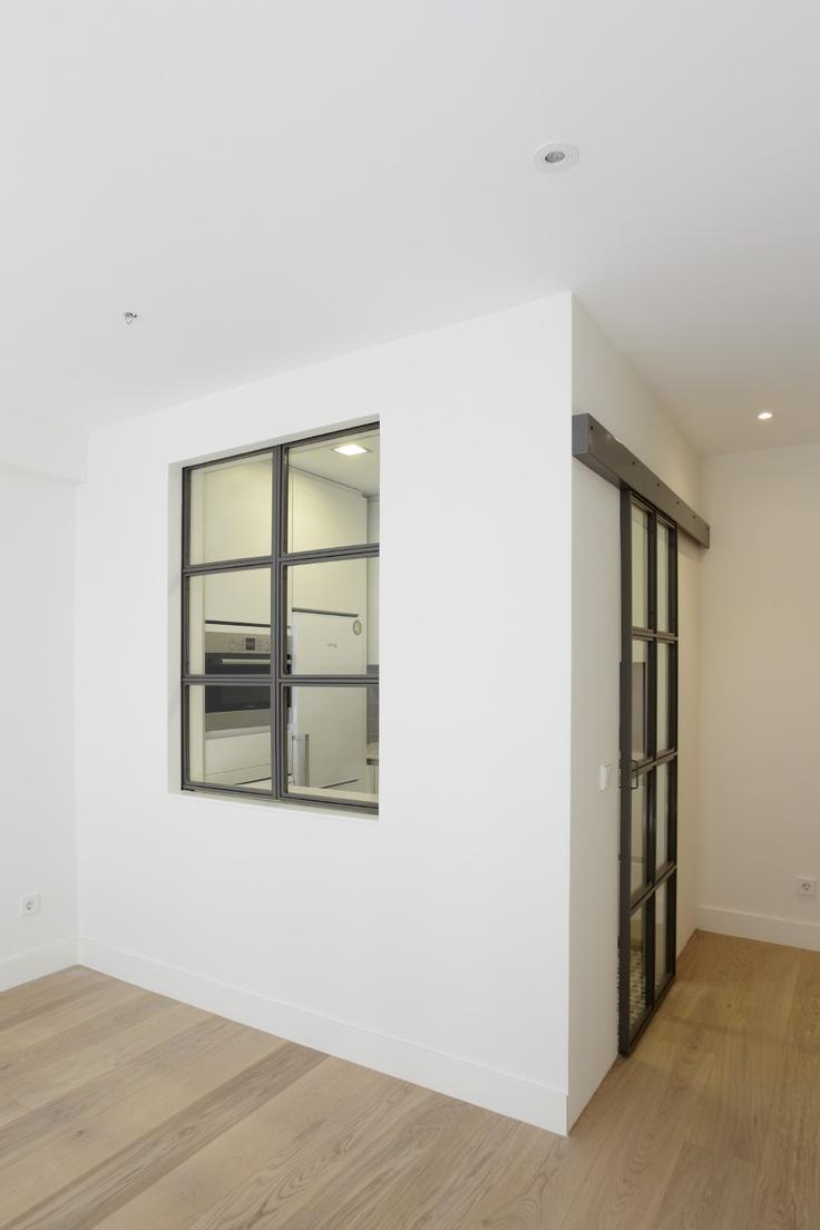 7 best serving hatch images on pinterest dining rooms - Luz para cocinas ...
