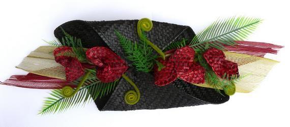 Maori+Woven+Flax+Red+Flower+Centrepiece  http://www.shopenzed.com/maori-woven-flax-red-flower-centrepiece-xidp663446.html