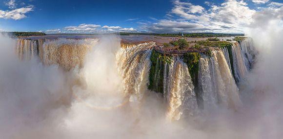 ●ブラジル・アルゼンチン イグアスの滝