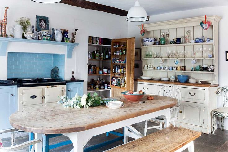 Alice and Harry Gates renovated a family-owned Georgian farmhouse to make it suitable for modern living