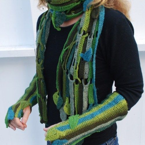 Crochet leaved scarf and wrist warmers