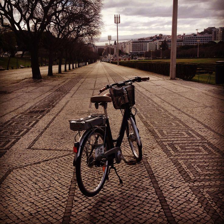 Looks perfect...Join me for a ride!  Parque Eduardo VII - Lisboa www.bikeawish.com