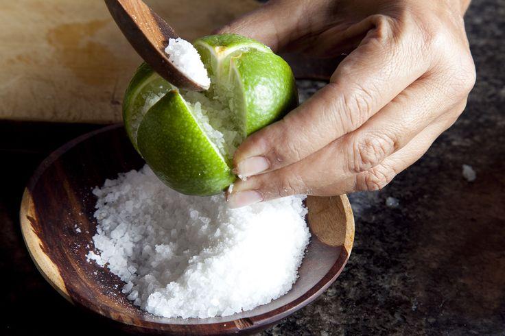 La Conserva de Limón Marroquí de Estrella Benmaman  consiste en una mezcla de limón y sal que se convierte en una explosión de sensaciones que no les puedo explicar con palabras, lo tienen que probar uds mismos. La receta completa esta en este link http://www.estampas.com/cocina-y-sabor/gastronomia/130728/conserva-marroqui Etiquetar fotoAñadir lugarEditar