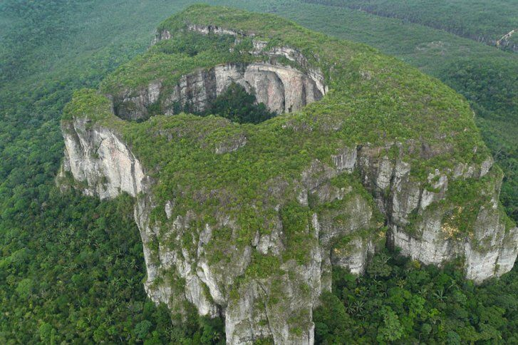 National Park Chiribiquete in the Amazonas Region of Colombia is the countrys largest national park. In 2013, the size of the park was even Extended from 1.2 Million to 3 Million hectar. #Nationalpark #nature #colombia #protect #wilderness #travelandmakeadifference #amazon