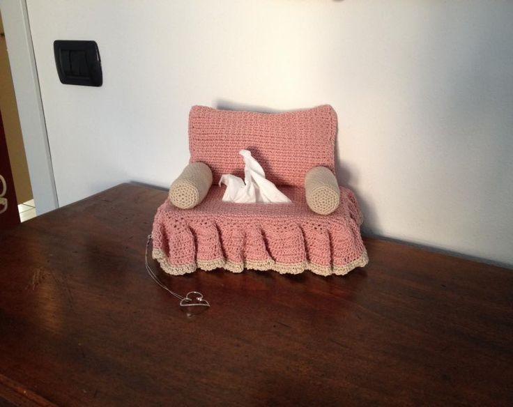 divanetto porta-fazzoletti