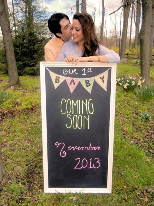 Pregnancy announcement. Maternity. Vania Hudson. Announcing our first baby is coming ! :) :)