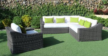Enjoy the outdoors in luxurious style and comfort with the Marseille Outdoor Patio Wicker Sunbrella Natural Canvas Corner Sectional Sofa by Cieux.  Relax with a chilled glass of sauvignon blanc and bring a touch of the coastal Mediterranean breeze to your backyard this summer while you lounge dans le style et le confort qui est tres luxueux.  Si il etre le paradis sur terre, ce qu'il est. If there be heaven on Earth, this is it.