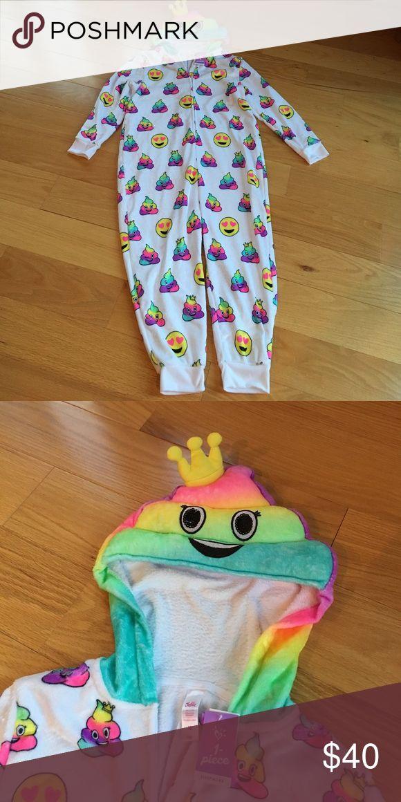 Justice NWT rare emoji onesie, size 10, girls Brand new! Justice Pajamas Sleep Sacks