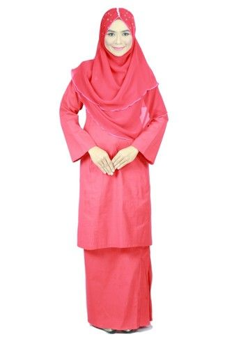 Baju Kurung Pahang Amina - Red from anisse in Red Amina is a Anisse signature collection! Baju kurung pahang with premium quality material plain color . Comfort guaranteed and make it awesome and elegant for daily also formal wear. ... #bajukurung #bajukurungmoden