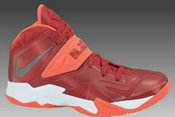 innovative design 9c054 210e7 Nike Zoom Soldier VII 599263 600 Gym Red Metallic Silver Bright Crimson